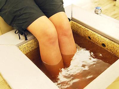 Bains de pieds – Cabinet Jun Li – Bien-être traditionnel chinois